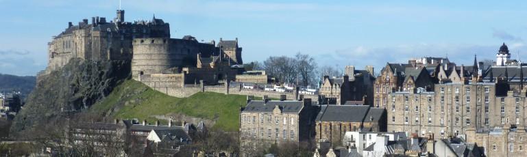 edinburgh_castle_from_the_south_east-e1411042977393